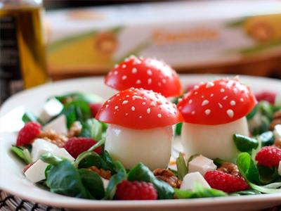 Ensalada fresca de Ovos Cogomelo  Demillo
