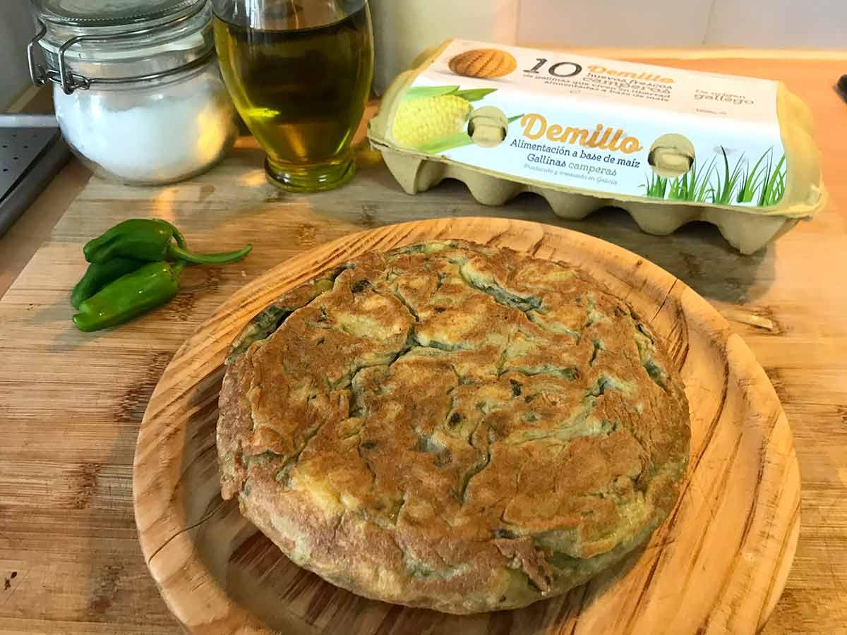 Tortilla-de-pataca-e-pementos-de-padron-Demillo